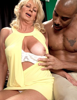 Interracial Granny Pics
