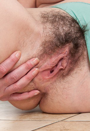 Sexy hairy pussy moundhard nipple goose pimples