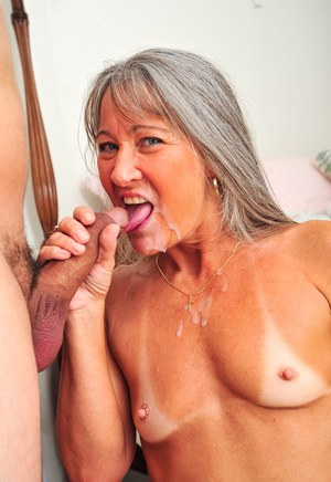 Womenfucking Granny 89
