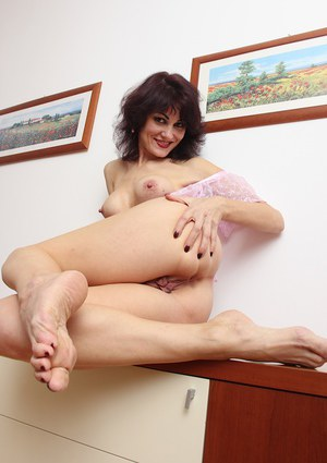 Mature hot mom with young girl 4