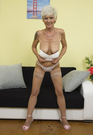 Granny With Saggy Tits 41