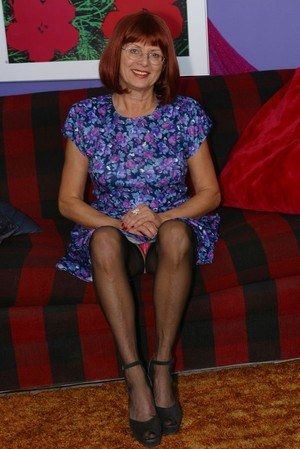 Granny hot legs and feet in stockings and red nylon toes 4