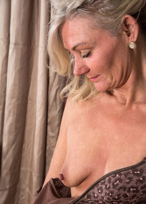 Advise you. hot mature woman with tits for that