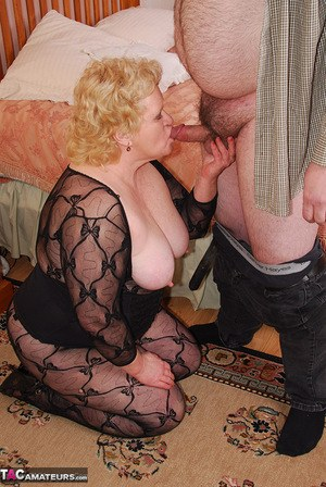 Granny On Her Knees Pics