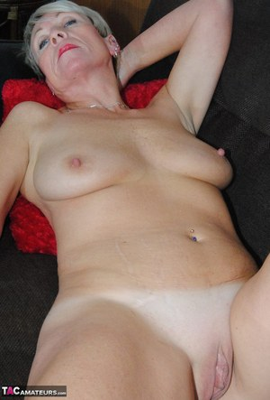 Shaved Granny Pussy Pics